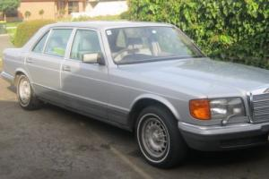 Mercedes Benz 380 SEL-85 Model Photo