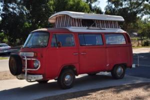 Kombi VW Pop Top Campervan 1974 Photo
