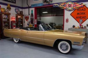 1968 Cadillac DeVille Coupe De Ville Convertible Photo