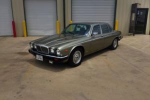 1988 Jaguar Sovereign Photo