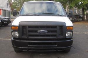 2010 Ford E-Series Van E-350 Super