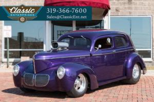 1940 Willys Modell 440 Tudor Streetrod Photo