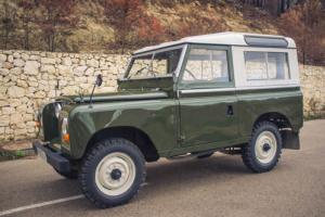 1973 Land Rover Defender Photo