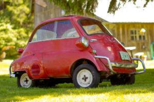 1957 BMW Isetta 300 Photo
