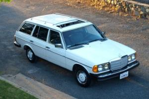 1981 Mercedes-Benz 300-Series 300TD Photo