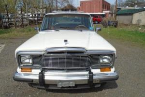 1984 AMC GRAND WAGOONEER Photo