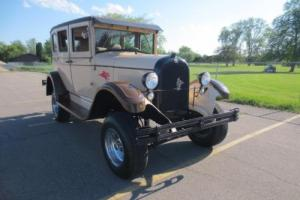 1928 Chrysler Sedan Photo