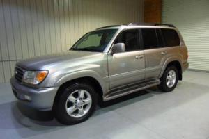 2005 Toyota Land Cruiser Base AWD 4dr SUV