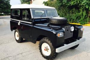 1967 Land Rover Defender Series 2A Photo