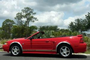 2004 Ford Mustang Deluxe Convertible FL CAR 63K MILES CARFAX Cert