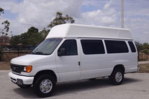 2006 Ford E-Series Van E-350 Super