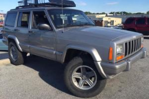 2000 Jeep Cherokee 4dr Classic 4WD