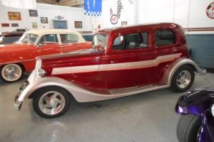 1933 Ford Vicky Photo