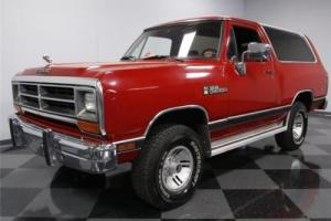 1990 Dodge Other Pickups LE