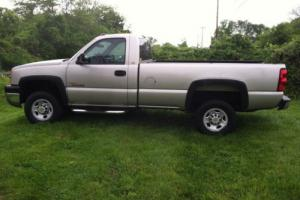 2004 Chevrolet Silverado 2500 WORK TRUCK HD