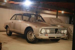 1964 Alfa Romeo 2600 Photo