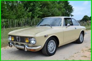1973 Alfa Romeo GTV Photo