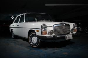 1974 Mercedes-Benz 200-Series