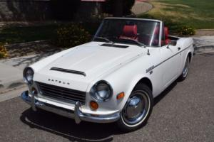 1970 Datsun 1600 Roadster Photo
