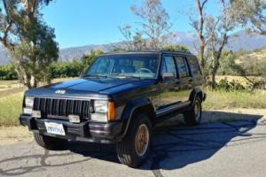 1989 Jeep Cherokee XJ Photo