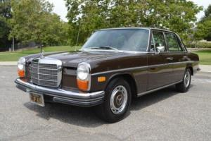1969 Mercedes-Benz 200-Series --