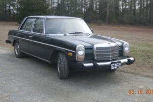 1974 Mercedes-Benz 200-Series 240D