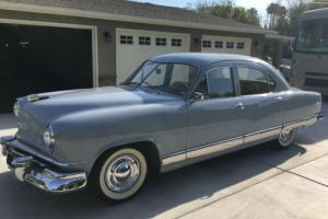 1951 AMC Kaiser Deluxe 4 Door Sedan Photo