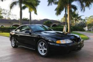 1994 Ford Mustang --