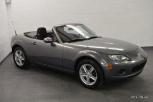 2006 Mazda MX-5 Miata 2dr Convertible MX-5