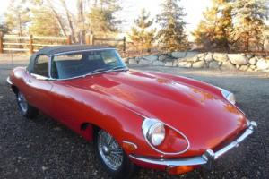 1969 Jaguar E-Type roadster Photo