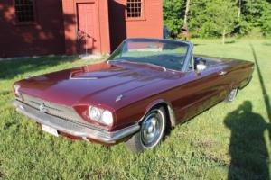 1966 Ford Thunderbird Photo