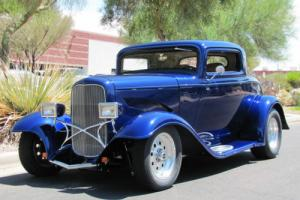 1932 Ford 3 Window Coupe, Full Fendered