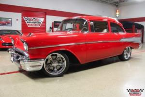 1957 Chevrolet Bel Air/150/210 -- Photo