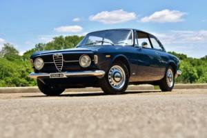 1969 Alfa Romeo GT 1300 Junior -- Photo