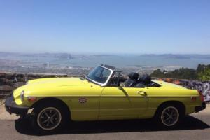 1975 MG MGB B Photo
