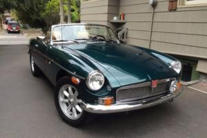 1974 MG MGB Roadster Photo