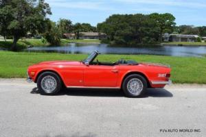 1972 Triumph TR-6 Convertible Photo