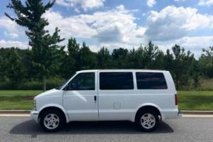 2004 Chevrolet Astro Base AWD 3dr Mini Van