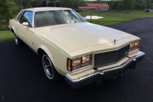 1976 Buick Regal Photo