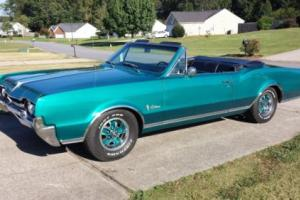1967 Oldsmobile Cutlass Convertible Photo