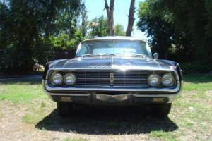 1962 Oldsmobile Starfire Photo