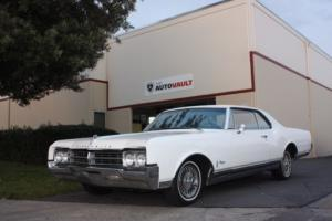 1965 Oldsmobile Starfire Photo