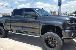 2017 Chevrolet C/K Pickup 1500 CREW CAB LT 4X4 Z71 WITH 6 INCH LIFT KIT