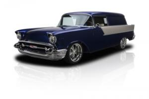 1957 Chevrolet Bel Air/150/210 Photo
