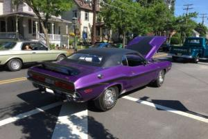 1970 Dodge Challenger RT, SE Photo