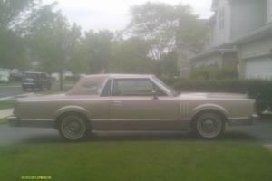 1982 Lincoln Mark VI Signature Photo