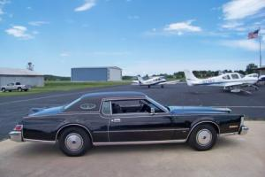1975 Lincoln Continental Mark IV Photo