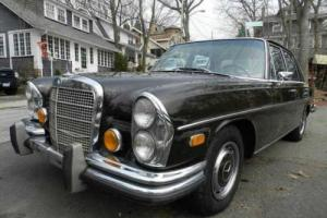 1972 Mercedes-Benz 280 SE -- Photo