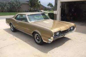 1967 Oldsmobile 442 holiday coupe Photo