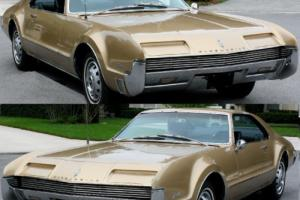 1966 Oldsmobile Toronado Deluxe Photo